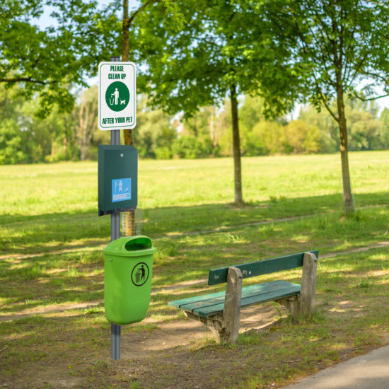 Pet Waste Stations Canine eco, Green maxi in park